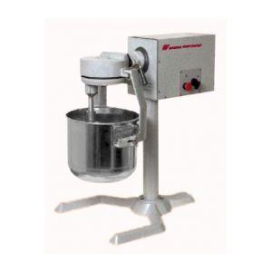 Универсальная кухонная машина УКМ